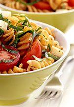 Tomato, Basil and Smoked Mozzarella Pasta Salad!!!! Yummy!!! |weightwatchers.com