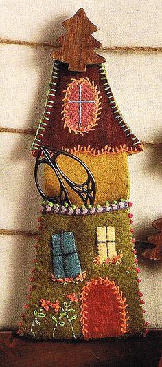 porte ciseaux en forme de maison