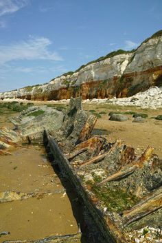 cliff wreck