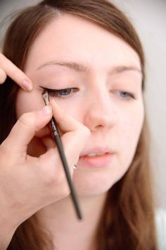 Go to the edge of the flick, and pull it back in along the lash line.