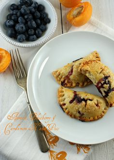 apricot, blueberry and cardamom hand/fried pies