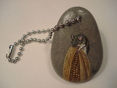 Keychain-Mouse-on-Corn-hand-painted-on-a-rock-by-Ann-Kelly hand paint, paint rock