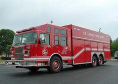 St. Louis, MO FD Heavy Rescue Squad No 1