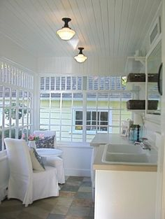 laundry porch - traditional laundry room by HARDROCK CONSTRUCTION