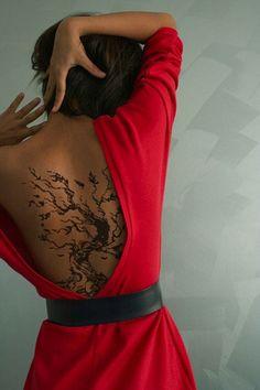 pretty back tattoo