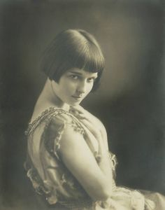 A very young Louise Brooks, from a Ziegfeld file.
