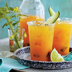 Garden Cocktail - make a fresh tomato juice with tomatoes, celery & onion, then use it for a gin cocktail with basil & parsley.
