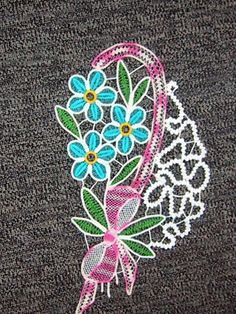 Colorful Romanian Point Lace crochet example: Lectii de Macrame (mileuri) - Lectii de crosetat