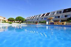 La résidence Goelia Aguylène à carnon et sa piscine privative.