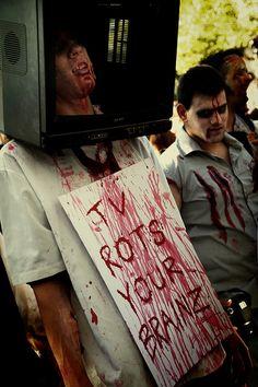 tv rot, zombi attack, halloween costum, thing zombi, freakish item