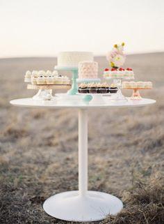 gorgeous cupcake display