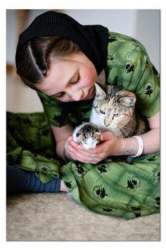 Hutterite - kitty love