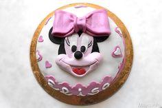 Torta Minnie, scopri la ricetta: http://www.misya.info/2013/07/01/torta-minnie.htm