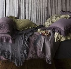 Lavender Bedroom Sheets Pillows