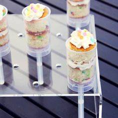 If you want to make pushup cakes (and who doesn't), you can buy these pushup pops from Shop Sweet Lulu.