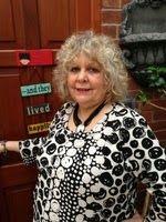 Famous Five Plus: In the Spotlight: Lizzie Lamb