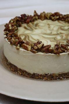 Sweetly Raw: Caramel Apple Swirl Cheesecake