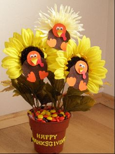 Turkey flowers?!?  This is sooo going on my table.