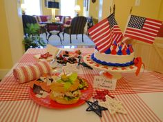 Patriotic #holidays in #Savannah #Georgia USA at Green Palm Inn, a top pick bed and breakfast | © 2014 Green Palm Inn / Sandy Traub