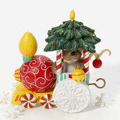Charming Tails | Charming Tails A Friendly Ride On The Ornament Express