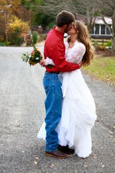 This photo contest entry captures the beauty and love of an autumn wedding in Pigeon Forge!