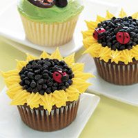 Sunflower cupcakes.