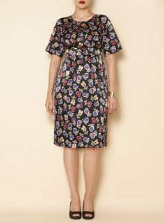 Plus-size Swan by Clements Ribeiro dress from Evans via WeeBirdy.com (sizes 14-32).