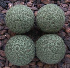 oliv green, dryer balls, ball set