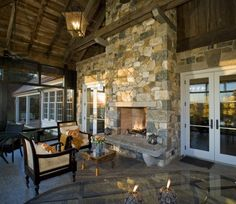 Open fireplace on the porch. Yes!