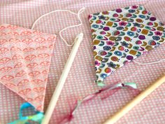 Go Fly a Kite - How to make a simple kite for the kiddos in 10 minutes in my latest tute on @DailyCandy