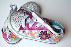 Skechers Girl Twinkle Toes Light Up Tennis Shoes 7 7.5 | eBay