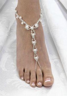 Google Image Result for http://www.glamour.com/weddings/blogs/save-the-date/0507-2-sandal_we.jpg