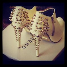 studs and shoes..... I  wish...