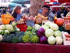 Aix market in winter