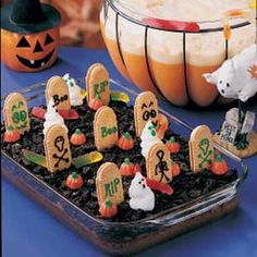 Halloween dirt cake!