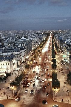 Champs-Élysées at dusk