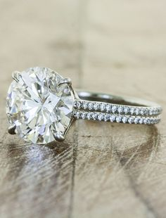 This site has AMAZING engagement rings that are out of this world unique. I love this one!!!