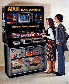 Atari Home Computers - Computer Demostration Center