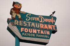 Seven Dwarfs Restaurant - Wheaton, IL flyer, awesom sign, restaur fountain, vintag signag, vintage, neon signs, neon signag, vintag neon, snow white
