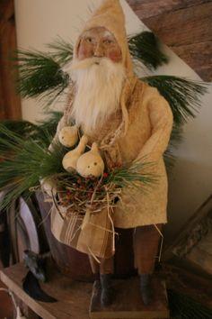 Cinnamon Creek Nature Santa