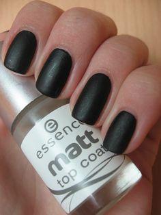 Essence - Galactic Black + Essence Matt Top Coat