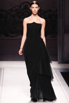 Alberta Ferretti Fall 2012 Ready-to-Wear Collection Slideshow on Style.com
