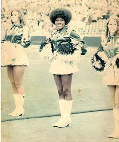 Mary Smith. First Black Cheerleader for the Dallas Cowboys! 1970, african americans, dallas cowboys, mari smith, hair, black cheerlead, black histori, cowboy cheerlead, dalla cowboy