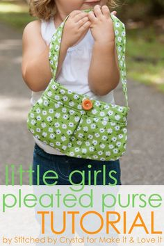 DIY Little Girl Pleated Purse...with button closure! (great for beginners) --- Make It and Love It diy purses for little girls, little girl purse tutorial, sewed purses, sewing buttons, pleat pursewith, diy purse tutorial, little girl pleated purse, pursewith button, diy girls purse