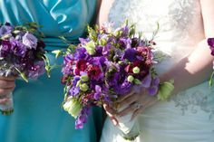 wedding bouquets, flower idea, bouquet flowers, purpl inspir, sweet peas, purple bouquets, purpl wax, wax flower