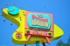 Eat at 50's Prime Time Cafe (aka the best restaurant in all four parks!)