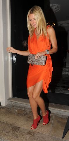 Gwyneth-Nice legs Gwyneth!