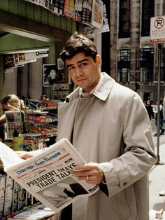 Kyle Chandler... Early Edition  I loved watching this show as a kid!