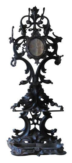 Ornate iron victorian umbrella stand