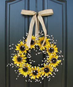 berri wreath, sunflowers crafts, black doors, burlap bows for wreaths, sunflowers diy, diy sunflower decor, front doors, sunflow wreath, sunflower wreath